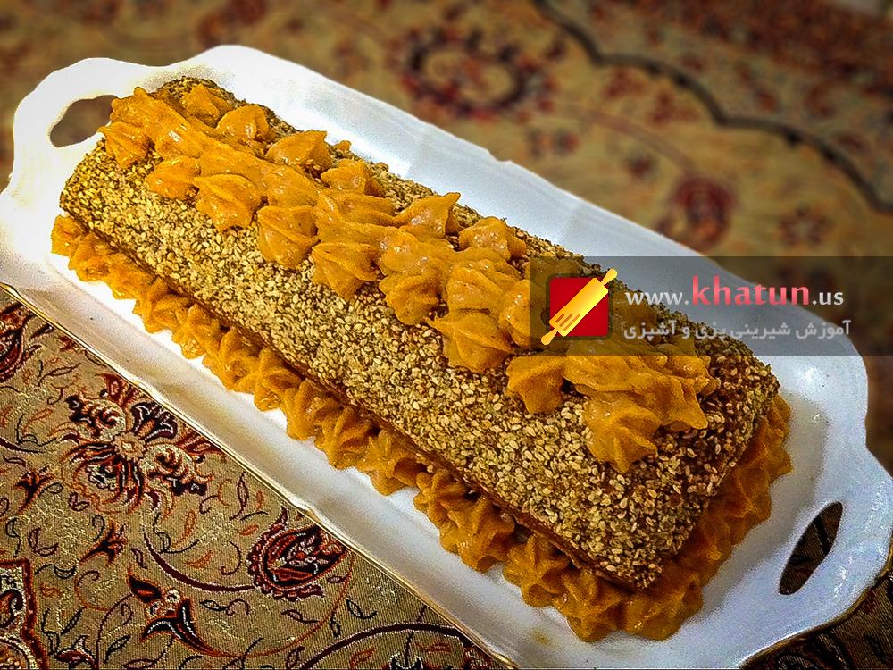 طرز تهیه کیک کدو حلوایی با کنجد + عکس